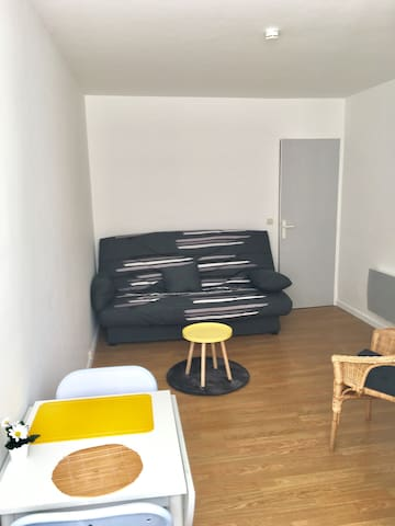 "Bright and quite studio,2min walk from""Vieux Port"" - Marseille - Appartement"