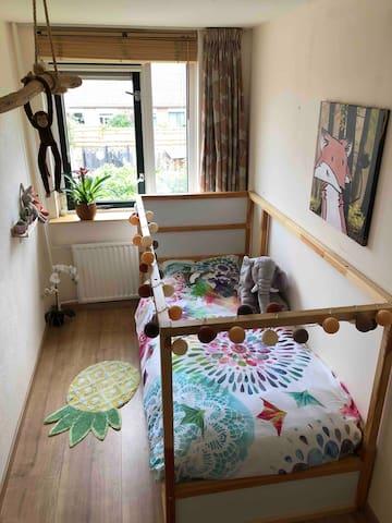 Bedroom 2, 1st floor