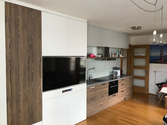 Modern and nice apartment near to center
