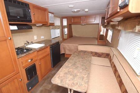 Austin area*CAMPER rental* - Leander - Karavan/RV