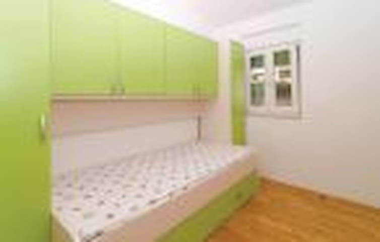 family frendly apartman - Kaštel Gomilica - Appartement