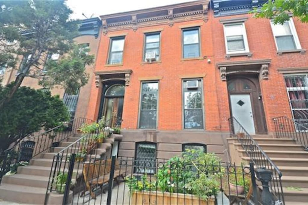 spacious brooklyn brownstone 3br case in affitto a
