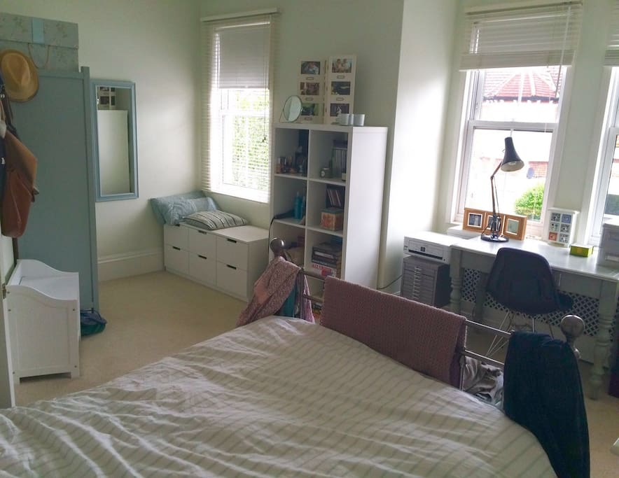 Master bedroom - with dressing area