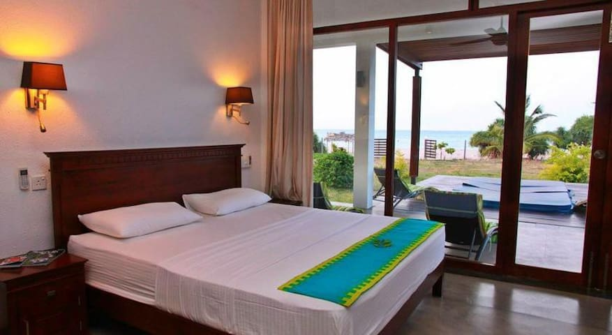 Nilaveli Bay Villa - The Suite - Trincomalee - House