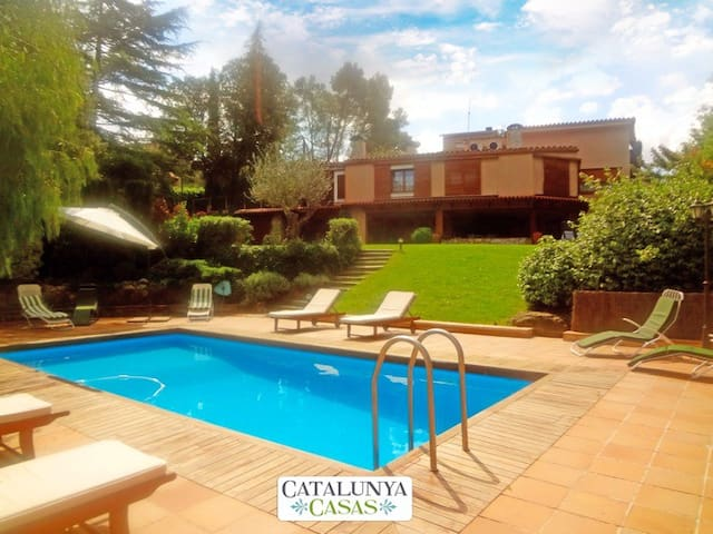 Fabulous country villa in Airesol D, only 25km from Barcelona! - Barcelona Region - Willa
