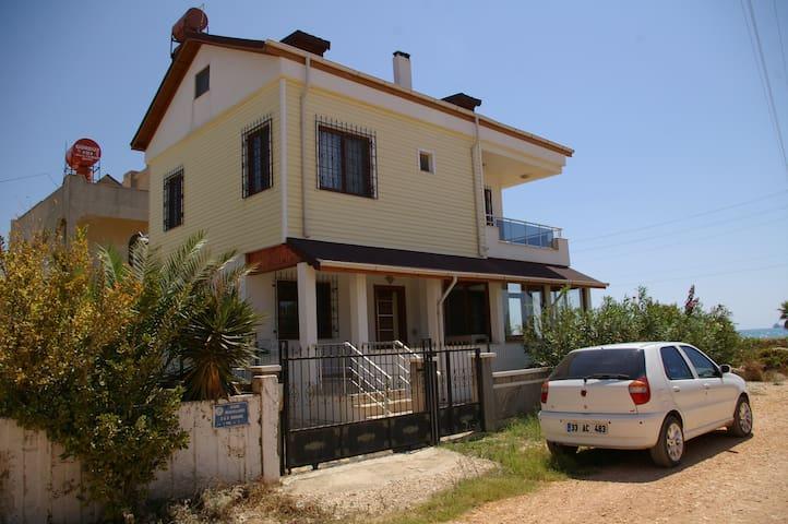 Overwintering in Turkey - Taşucu Belediyesi - House