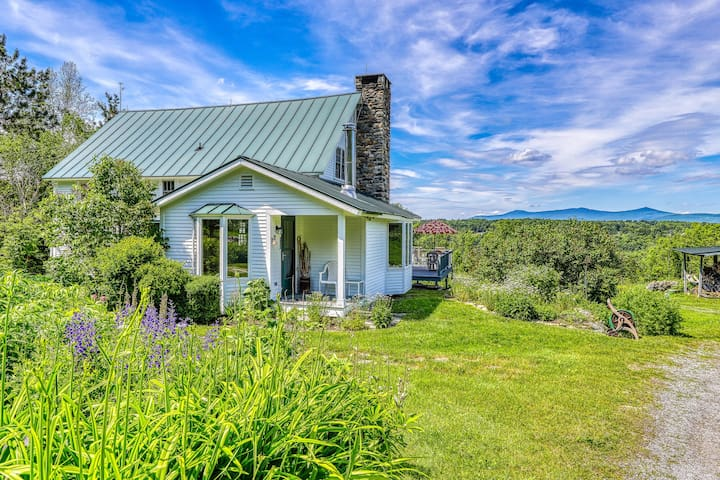 NEW LISTING! Charming and secluded home with large yard - close to Okemo