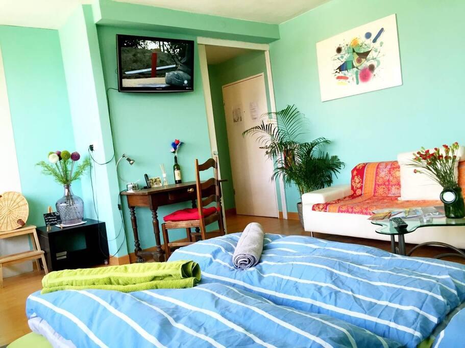 andrea 39 s wohnung leise im zentrum wohnungen zur miete in hamburg hamburg deutschland. Black Bedroom Furniture Sets. Home Design Ideas