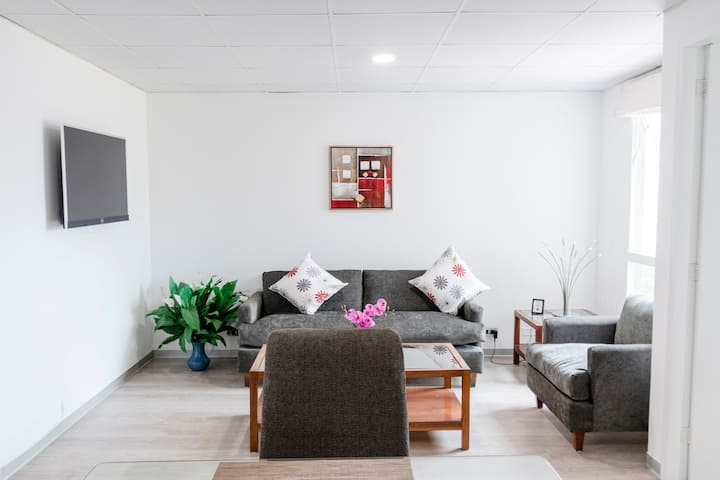502 Luxury Apt.A/c in San Isidro