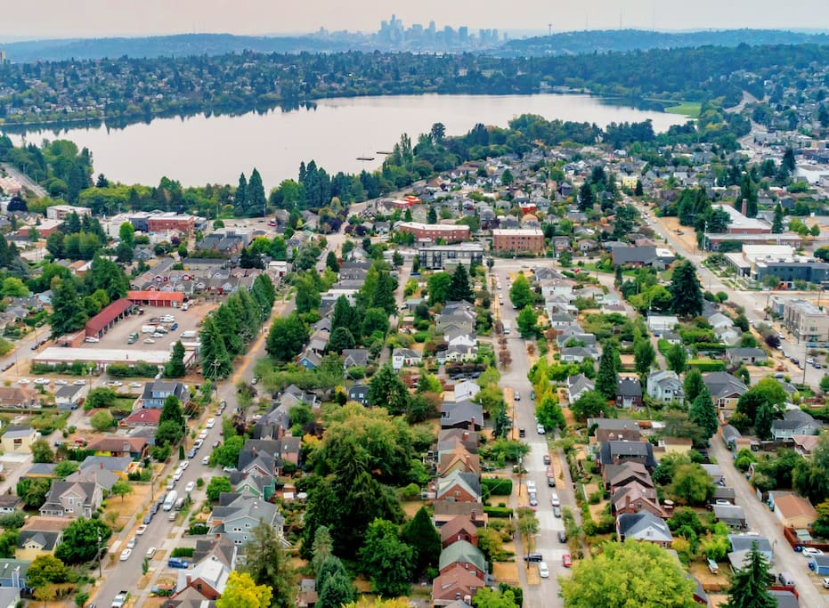 Only 8 blocks from Greenlake