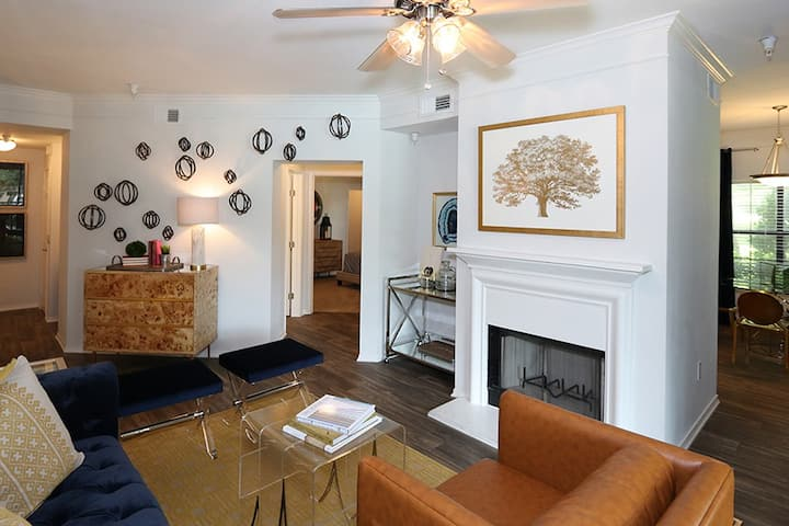 Professionally maintained apt   3BR in Arlington