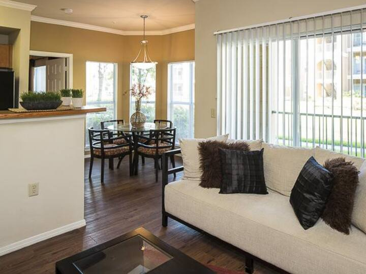 Home away from home |2 BR in Charlotte