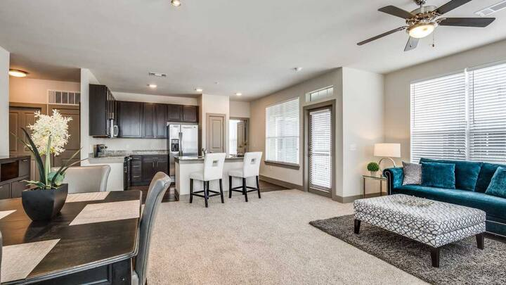 Cozy apartment for you | 2BR in Spring