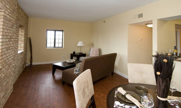 Upscale 1BR in downtown Indianapolis