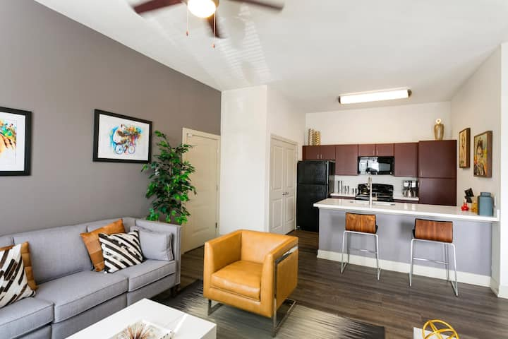 Clean apt just for you | 2BR in Denver