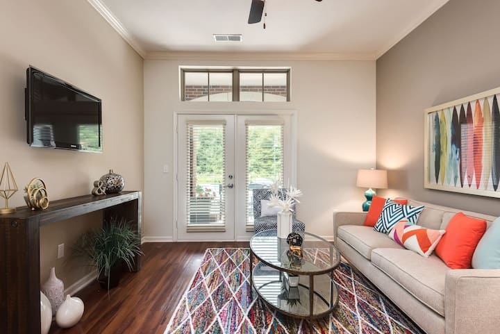 Cozy apartment for you | 1BR in Overland Park