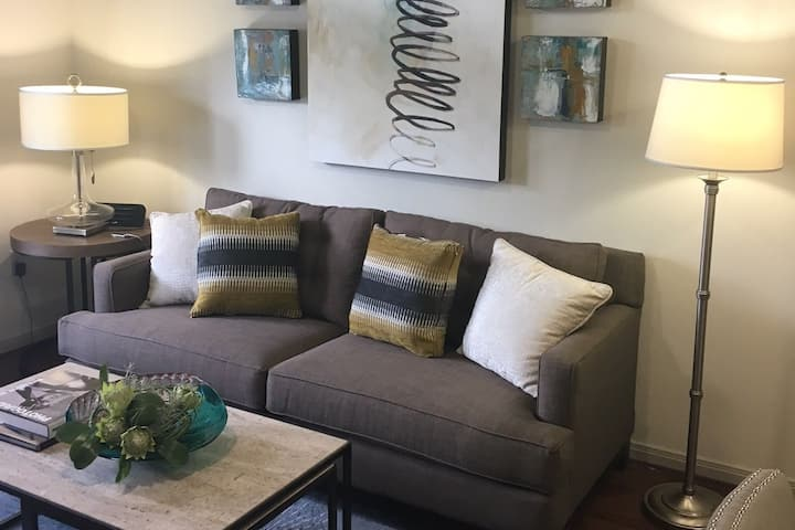 Upscale apartment home | 2BR in Houston