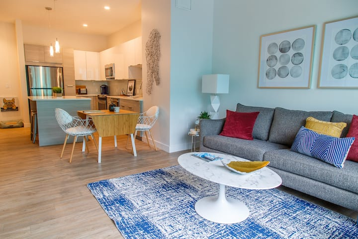 Homey place just for you   2BR in Somerville