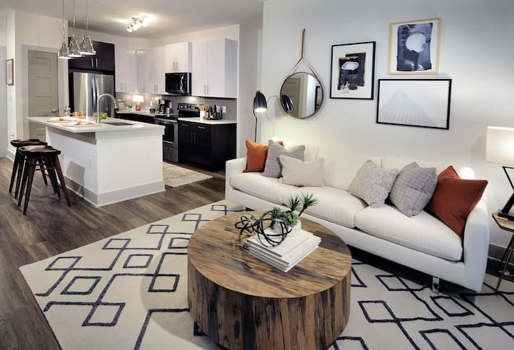 Relax in your own apartment home   2BR in Atlanta
