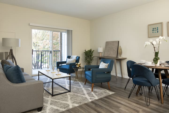 Everything you need | 1BR in Stamford