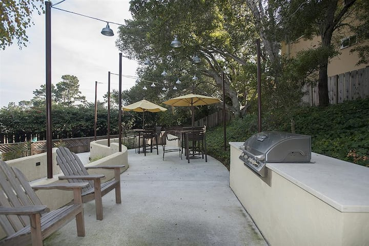 Stay in a place of your own | 2BR in Monterey