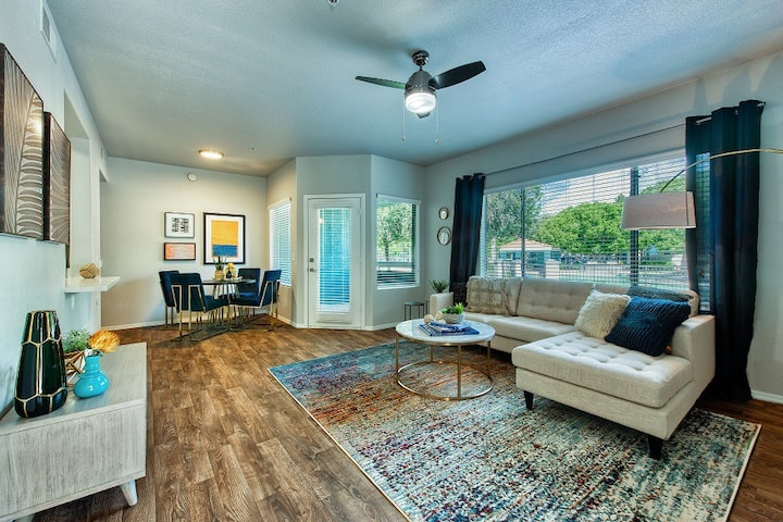 Upscale 1BR w/ pool, gym and more in Tempe