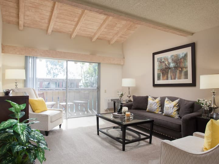 Private 1BR in Lovely Rowland Heights Community