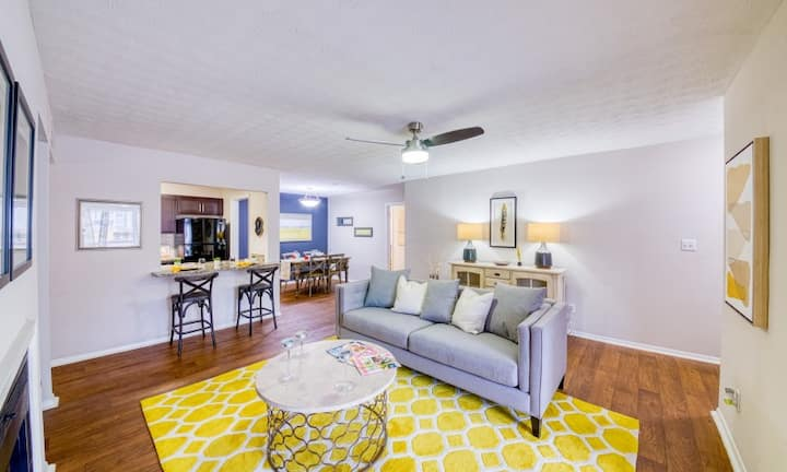 Live + Work + Stay + Easy | 1BR in Decatur