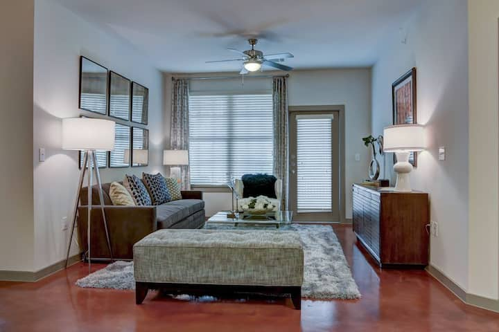 Live + Work + Stay | 1 BR in San Antonio