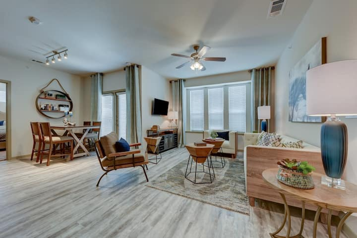 Your home away from home | 2 BR in San Antonio