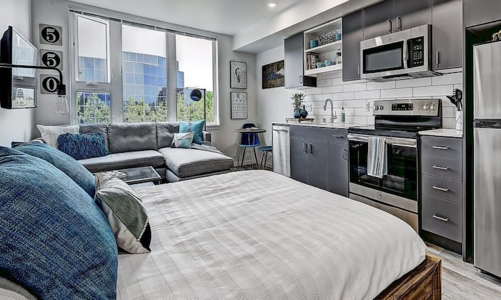A place of your own | 1BR in Seattle