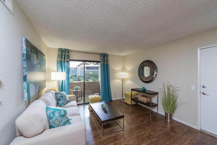 Live + Work + Stay + Easy | 1BR in Corona