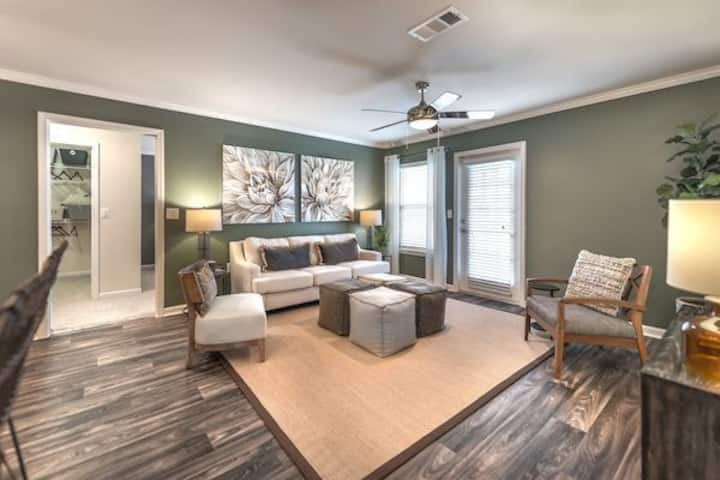 Rest easy and live life | 2BR in Murfreesboro