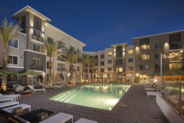 Upscale 1BR w/ hotel-like amenities in San Diego