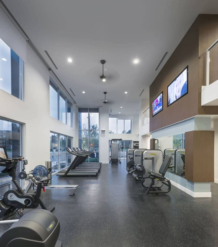 Well-equipped apt home | Studio in Irvine