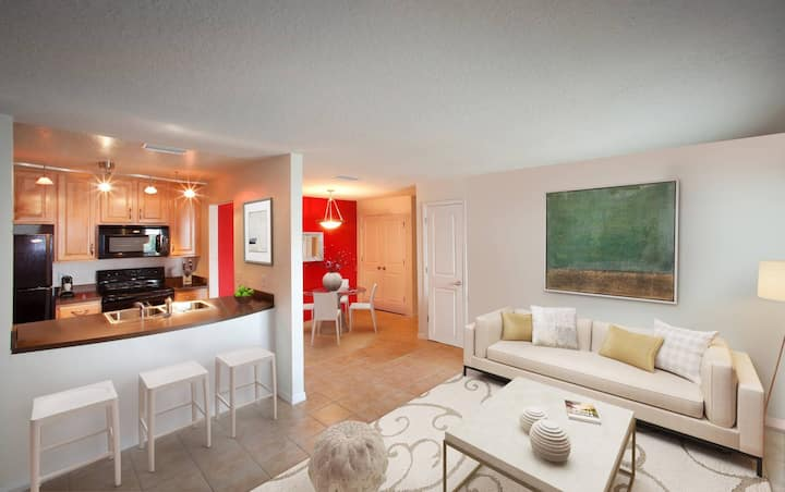 All-inclusive apartment home | 2BR in Clearwater