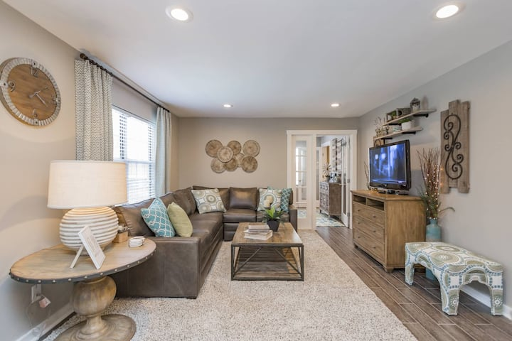 A place of your own | 2BR in Nashville