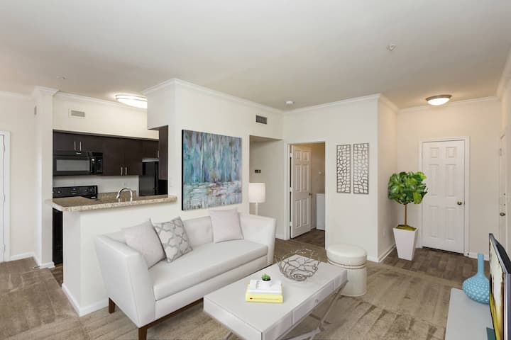 Stay in a place of your own   2BR in Hermitage