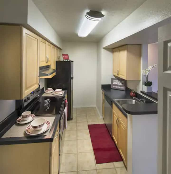 A place to call home | 2BR in Lake Ridge