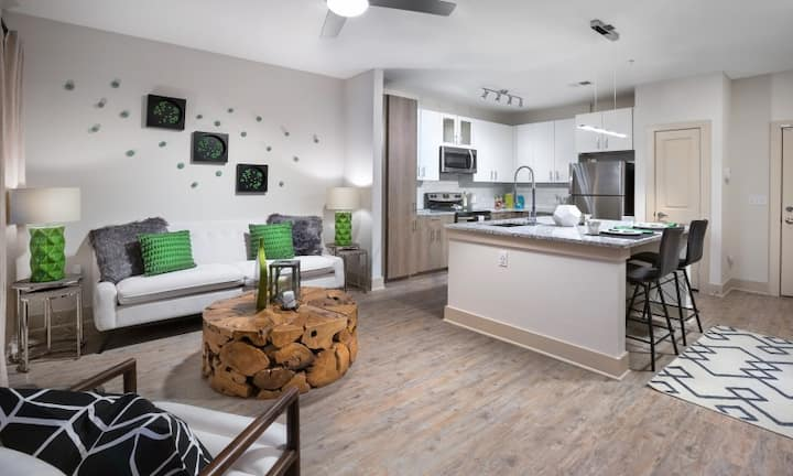 Live + Work + Stay + Easy | 2BR in Destin