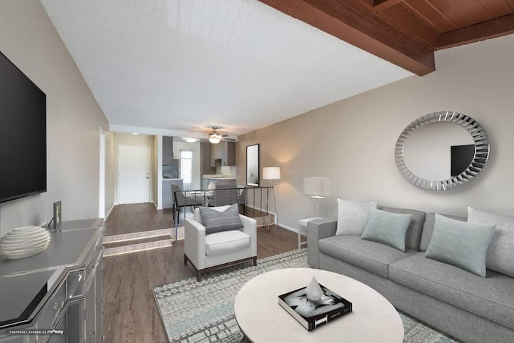 Comforts of home | 1BR in Costa Mesa