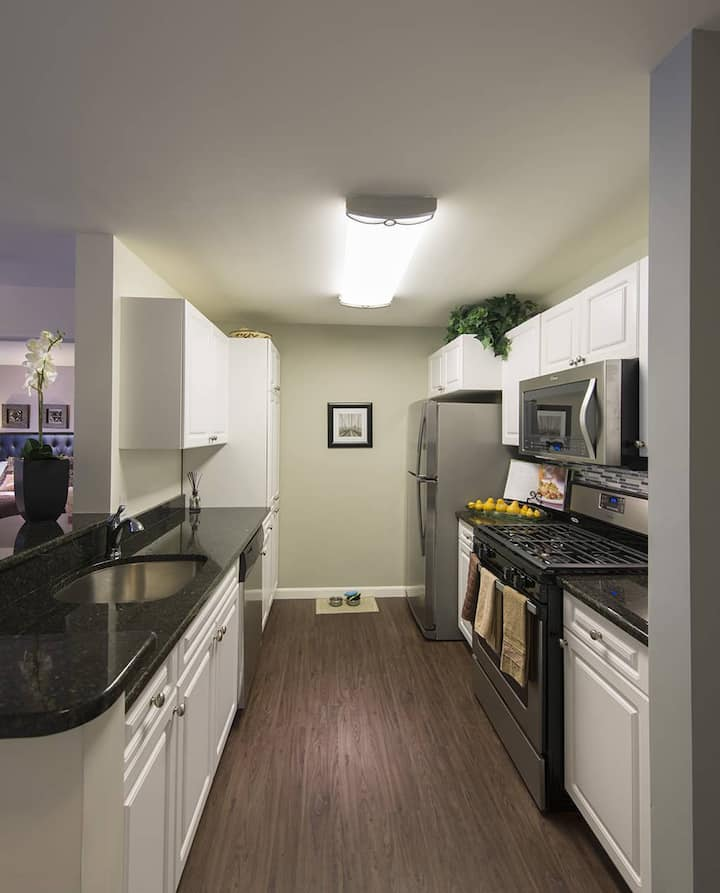 A home you will love   2BR in Woburn