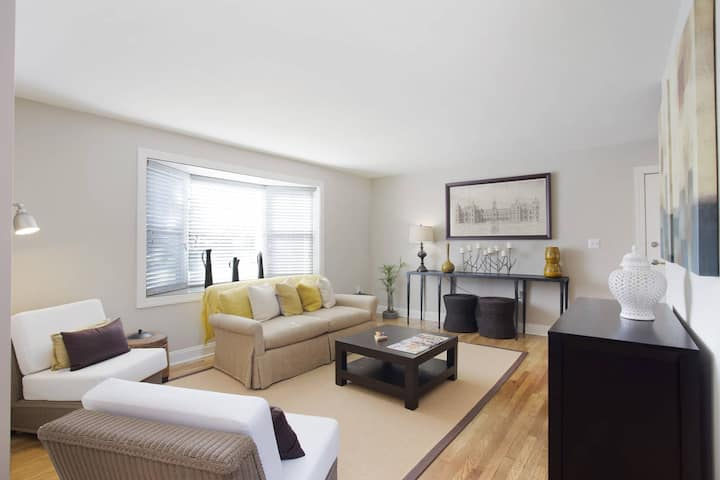 A home you will love | 2BR in Towson