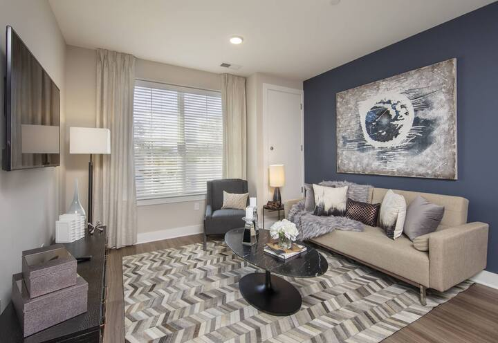 A home you will love | 1BR in Englewood
