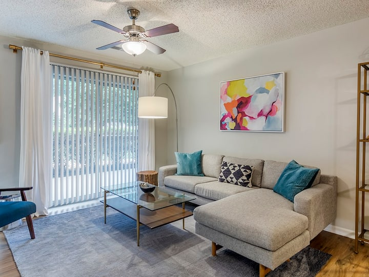 Live + Work + Stay + Easy | 1BR in Richmond