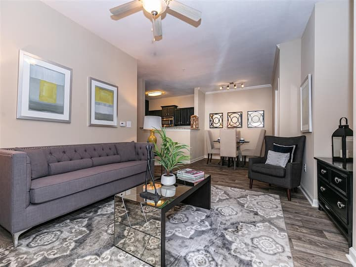 Upscale apartment home | 3BR in Johns Creek