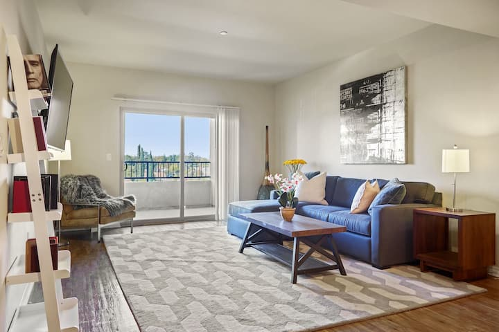 Clean apt just for you | 2 BR in Van Nuys