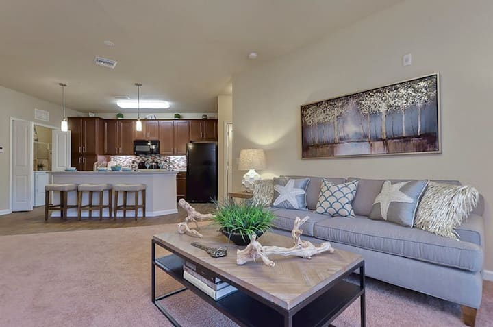 Live + Work + Stay + Easy | 1BR in Largo