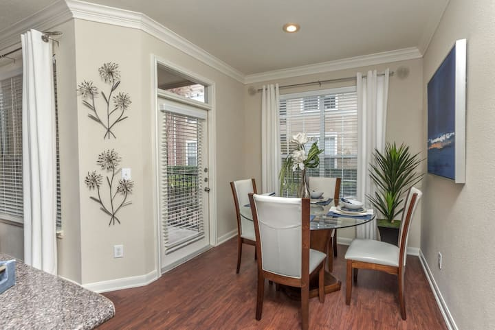 Apartment living at its finest | 2BR in Houston