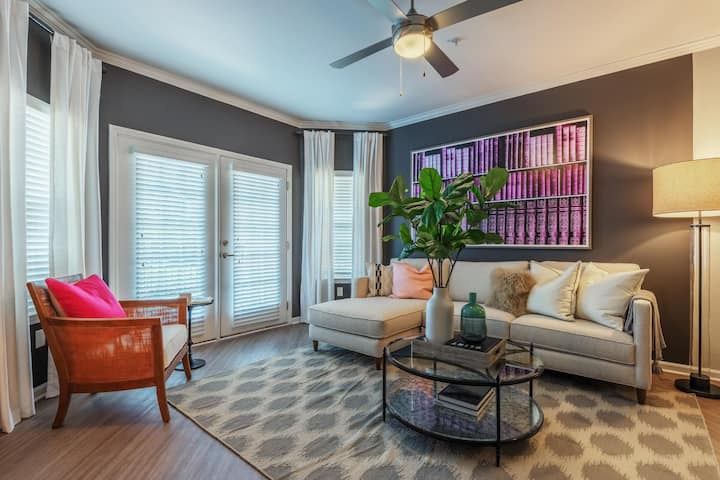 Homey place just for you | 2BR in Charlotte